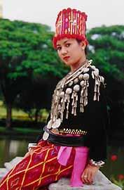 女性民族衣装6(ミャンマー)・...